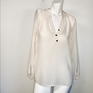 Lilly Pulitzer 100% silk basic cream work #19D